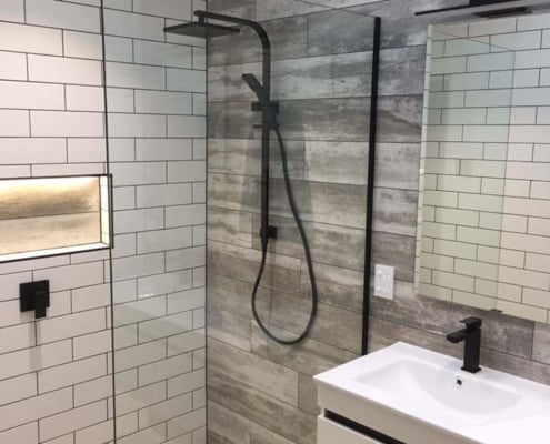 Auckland Bathroom Renovation with Twin Sinks and Tiling
