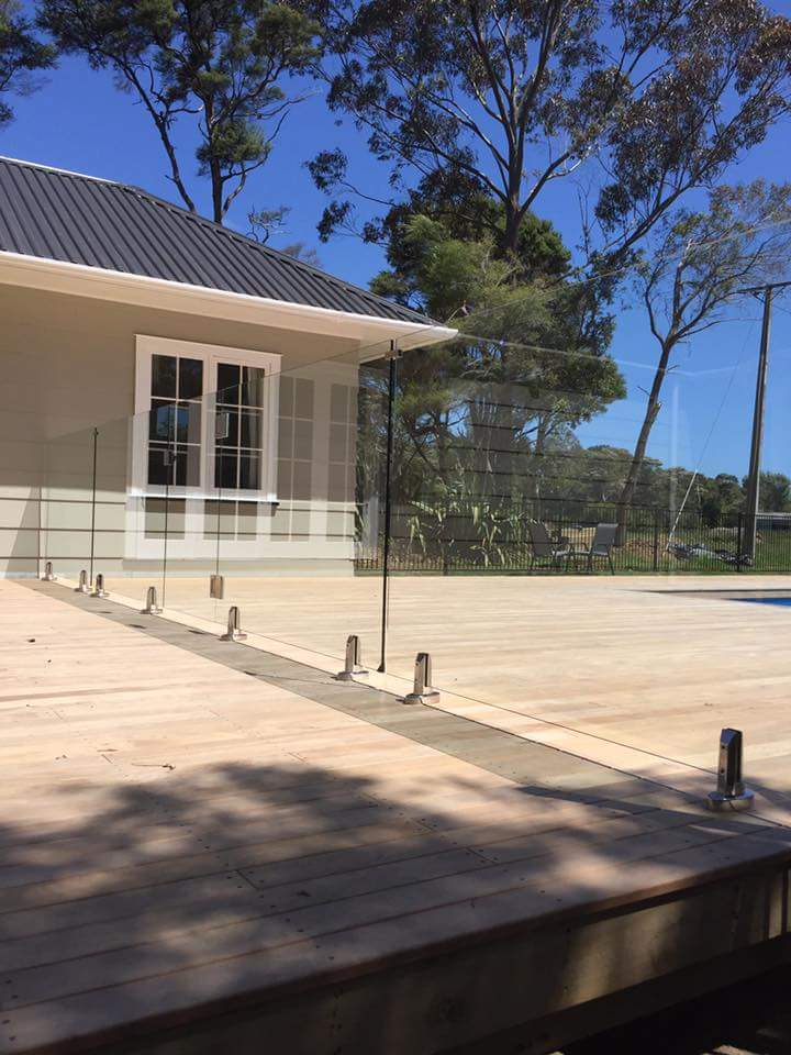 Auckland Builder for Outdoor Pool Deck